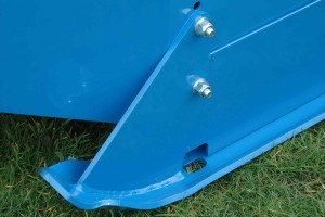 Parabolic skid, slides over fields, without digging in and scuffing the surface. Particularly useful when turning.