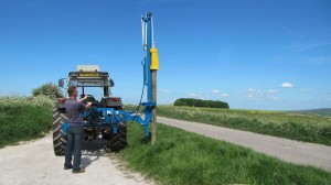 Fixed and swing round telescopic boom options.