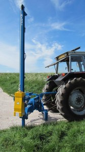 Part swing round for better sight line from tractor seat.