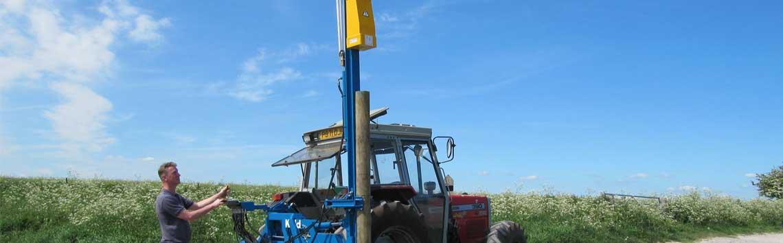 Kidd-farm-machinery-post-driver